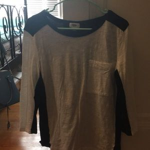 Black and white old navy shirt